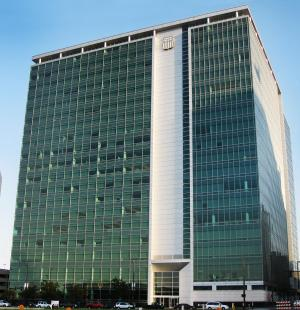 Union Pacific Center  Level 12 Vibration Monitoring